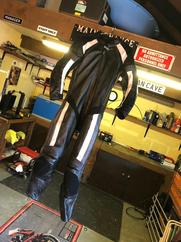 Akito one piece leathers