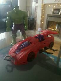 Incredible hulk doll and spider man car