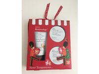 NEW Baylis & Harding Beauticology Trio Gift Set In Box.