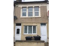 2 bedroom garden flat available to let in Bedminster.