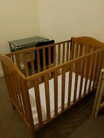 Baby/ toddler cot bed