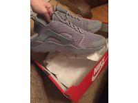 UK Size 9 Nike Huarache Trainers