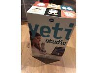 Blue Yeti Microphone Studio / Never used item / Brand New Condition