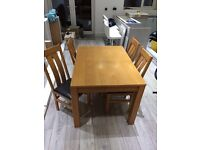 Extendable Solid Oak Table with 4 Brown Leather Solid Oak Chairs