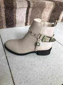 Girls River Island ankle boots
