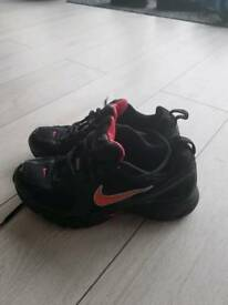 Nike ladies trainers size 7