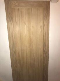 2 x B&Q Oak Veneer mexicano internal Doors 2040x826. Make me an offer.