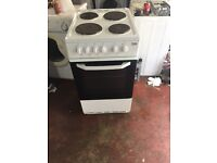 nice white Beko electric cooker 50cm wide in great condition in full working order