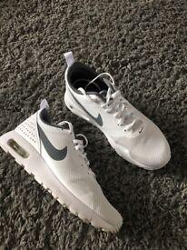 Nike airmax size 4