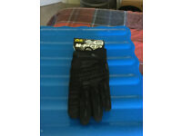 Mechanix Wear M-Pact 2 Gloves, size large, brand new with tags