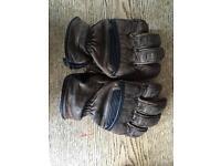 RST Roadster motorbike gloves