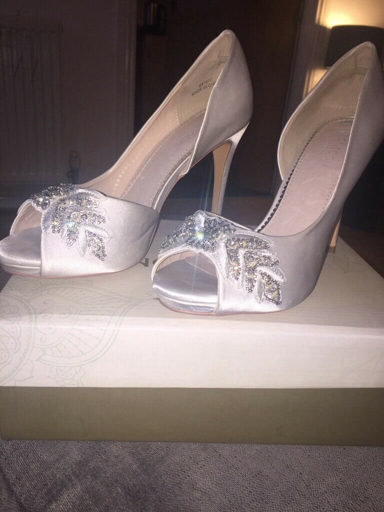 Monsoon Bridal Aimee Ivory Peep Toe Wedding Shoes Size 7