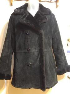 Ladies BLACK SHEEPSKIN-LOOK SUEDE WINTER COAT M 8 10 Excellent Condition Womens Medium EUC
