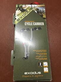 Cycle carrier for tow bar