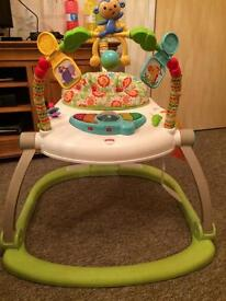 Jumperoo Fisher Price Space saving/Foldable