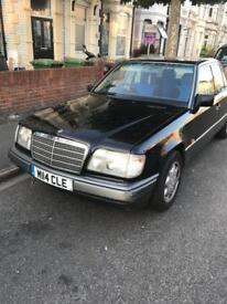 Mercedes e220 very good condition