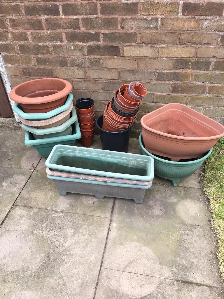 Plastic Garden plant pots