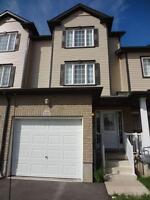 Beautiful & spacious 3 bedroom townhouse in Kitchener!