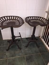 Tractor seat stalls