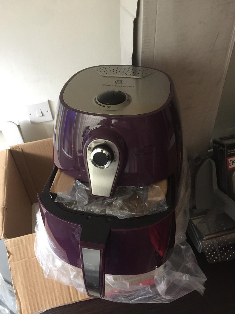 Deap fat fryer brand new in box in purple £20