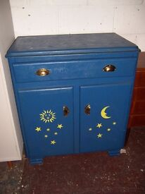 Kitchen dresser: blue moon up-cycled nice (Fm Cambridge Re-Use)