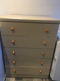 Chest of Drawer beach colour *Good Condition*