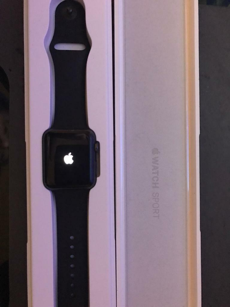 Apple Watch 42mm series 1 in box with spare strap, very good condition