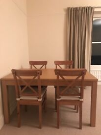 Extending dinning oak table with 4 chairs IKEA