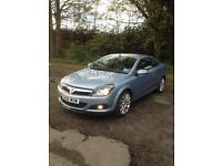 Vauxhall Astra twin top design convertible 42000 miles mot 1 year