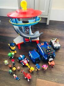 Paw Patrol Lookout, vehicles and characters