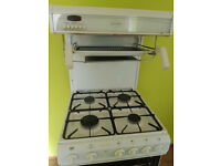 Gas cooker with oven and grill
