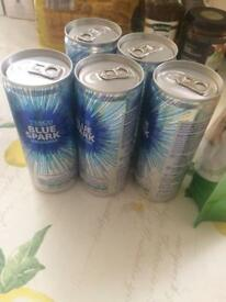 Cans of sparkly water
