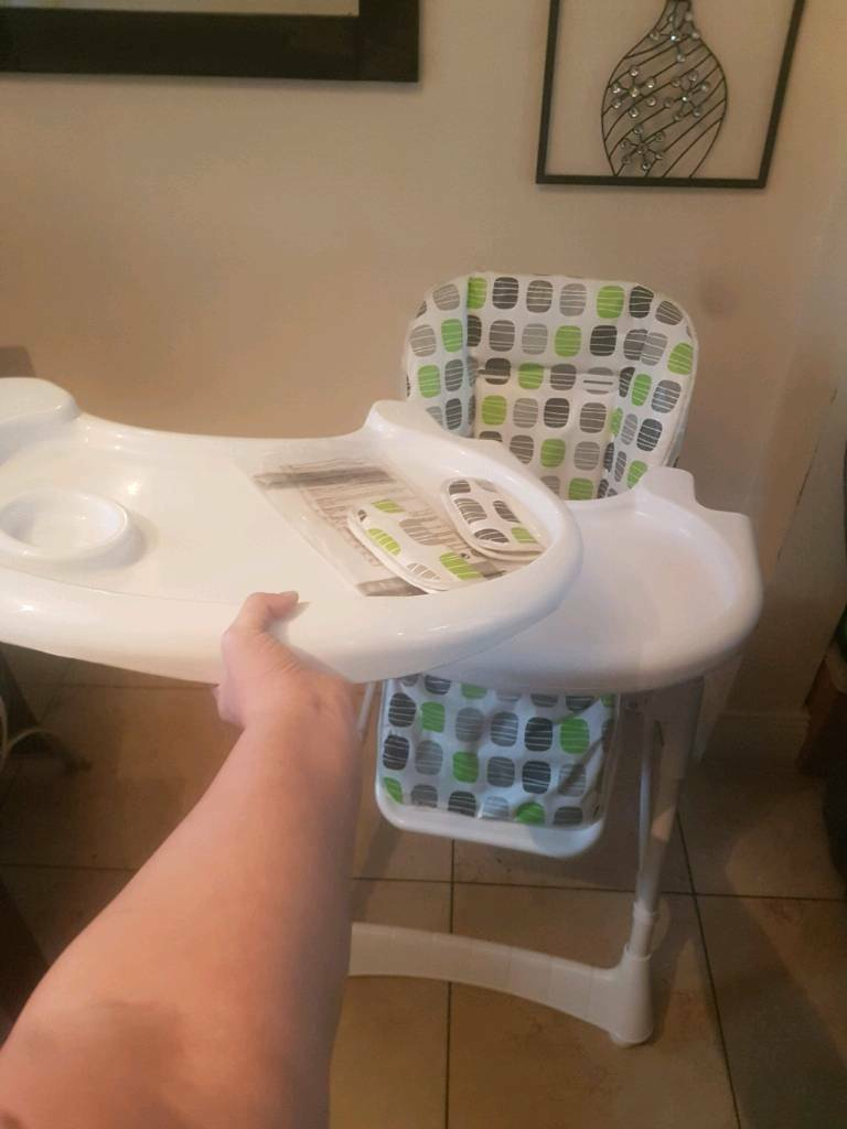High chair multiple settings