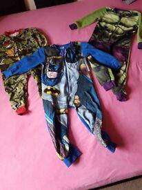 3x Marvel boys onesie size5-6