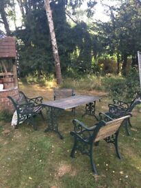 Garden table and 4x chairs