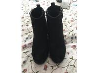YOURS CLOTHING BOOTS SIZE 7