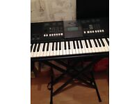 Yamaha Keyboard PSRE423 with brand new Stand