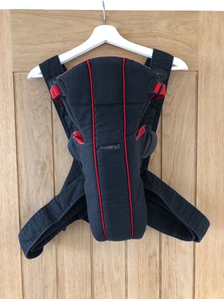 23acaa9d33a Baby Bjorn Active baby carrier Red black