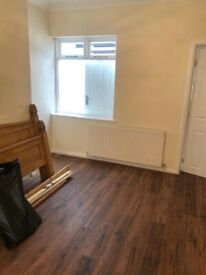 Spacious 3 bed house in barking pet dss welcome