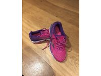 Mizuno Wave Rider 19 Ladies trainers in a size 5.5 Lovely pink colour excellent condition