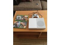 Xbox one s 1Tb + games