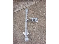 VW Polo 1.0 2000 O/S Rear Window Mechanism