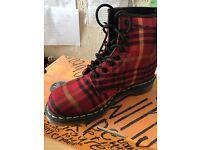 Dr Martens Tarten Boots Size 6