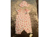 baby girl butterfly jumpsuit 3-6 Months comes with matching sun hat