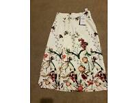 Zara skirt size small with tags