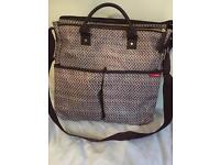 Skip hop changing bag -reasonable offers accepted