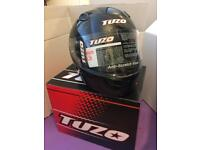 Brand new full face Motorcycle crash helmet sizes available : Large, Extra large and Small.