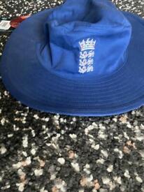 Brand new cricket hat size XL £5