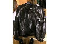 Frank Thomas Leather Motorbike Jacket & Trousers (Joining with protection)
