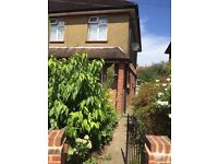 Nice 3 Bedroom semi-detached house to rent in staines, hillingdon, TW18 1LY